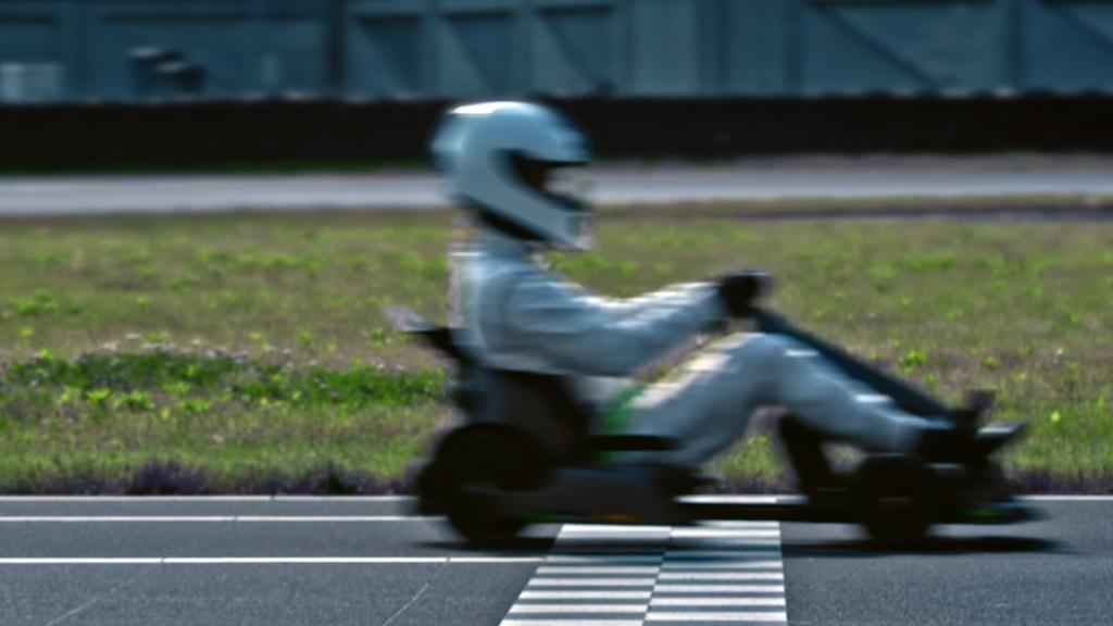 Go Kart passes lap timer